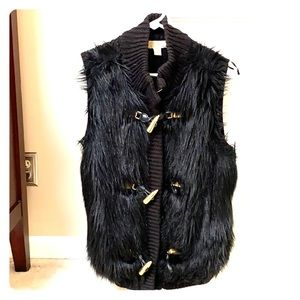 MK fur vest